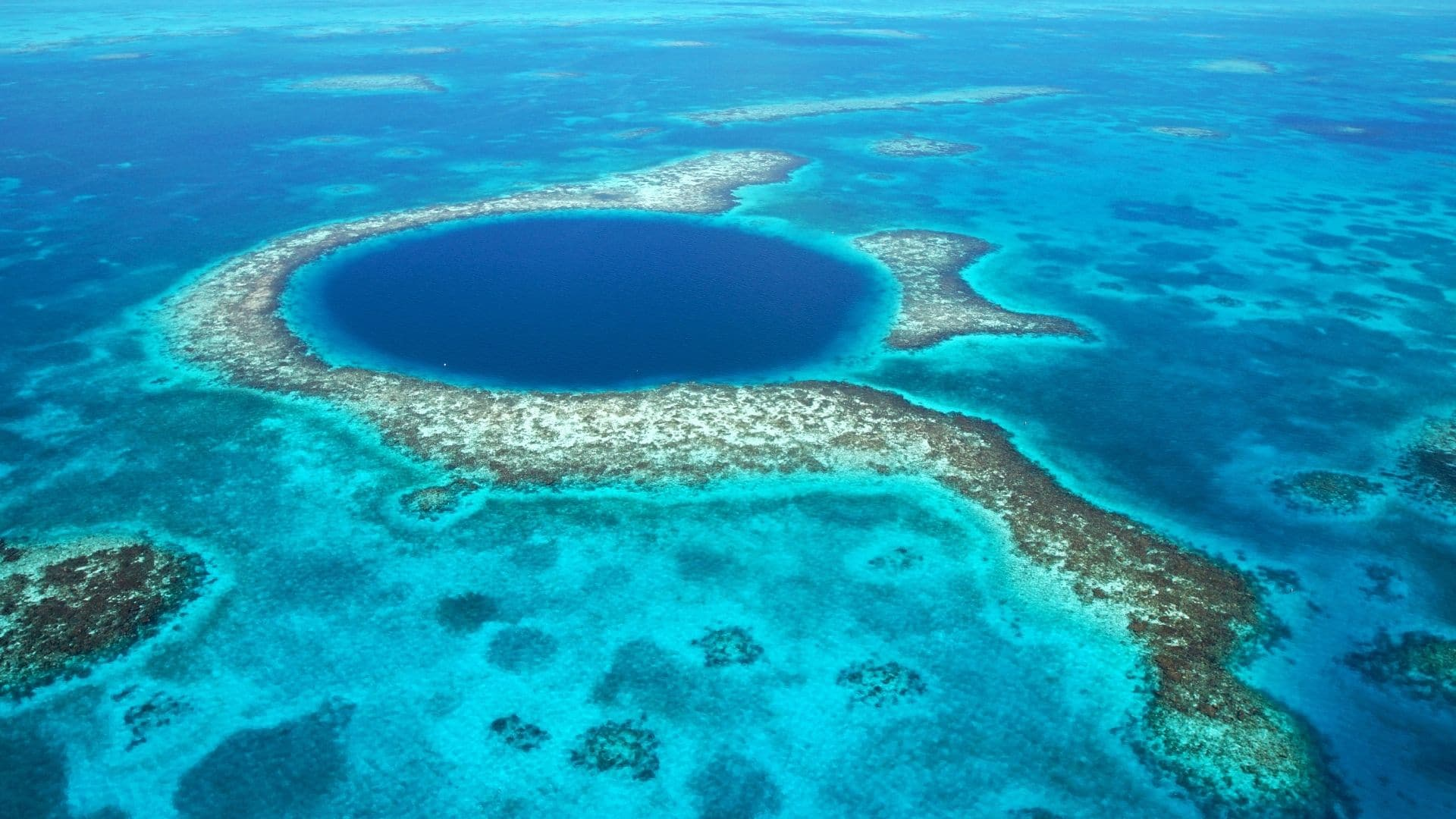 cheapest places to travel to Caribbean Belize