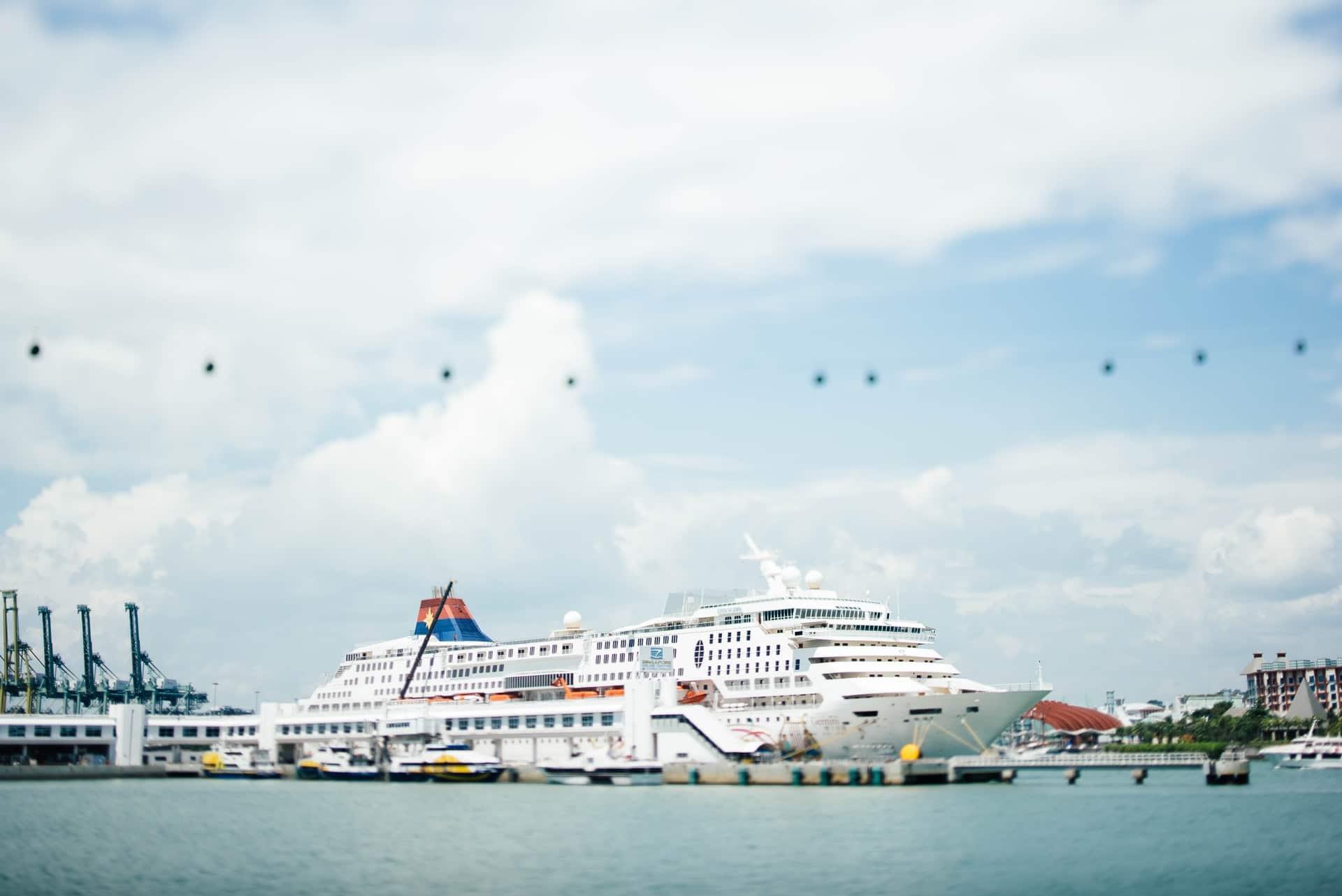 college cruises